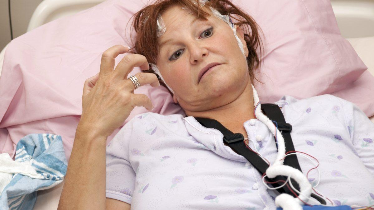 Após um AVC alguns pacientes desenvolvem dores crônicas